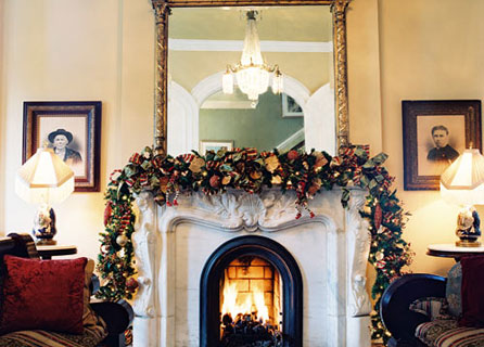 © Michael Moore Photography/Hamilton-Turner Inn.  Lionheart Interior Design group, a Savannah Georgia interior design firm features hotel interior design, hotel interior decorating, hotel interior décor, top interior designer, southern interior design, interior and design services, interior decorating, interior art, interiors designers, designers touch, interior décor and designer interiors especially for holiday decorating in Georgia, South Carolina, and Florida.